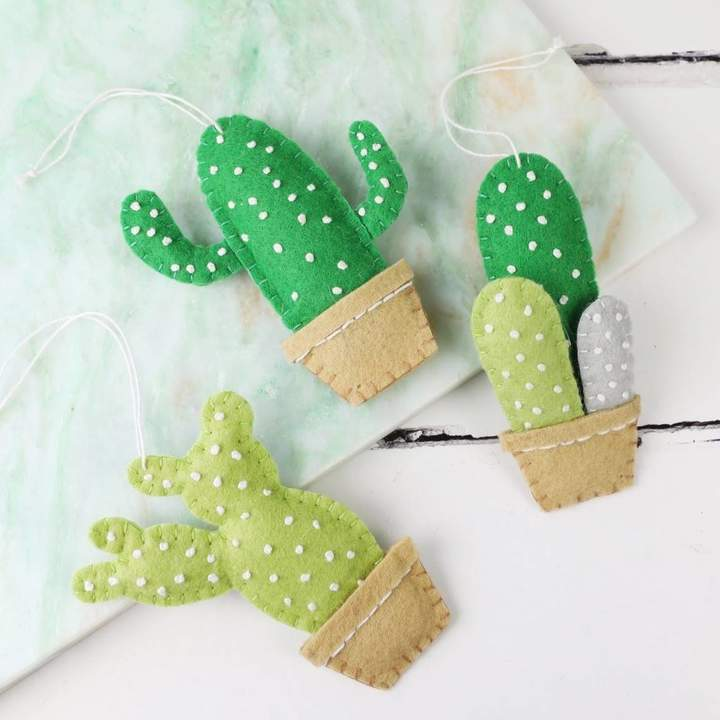 Cacti hanging decorations