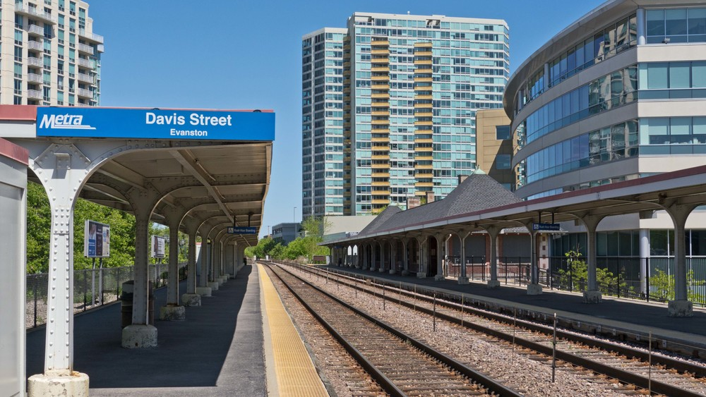 Metra delivers passengers to downtown Chicago in 20 minutes