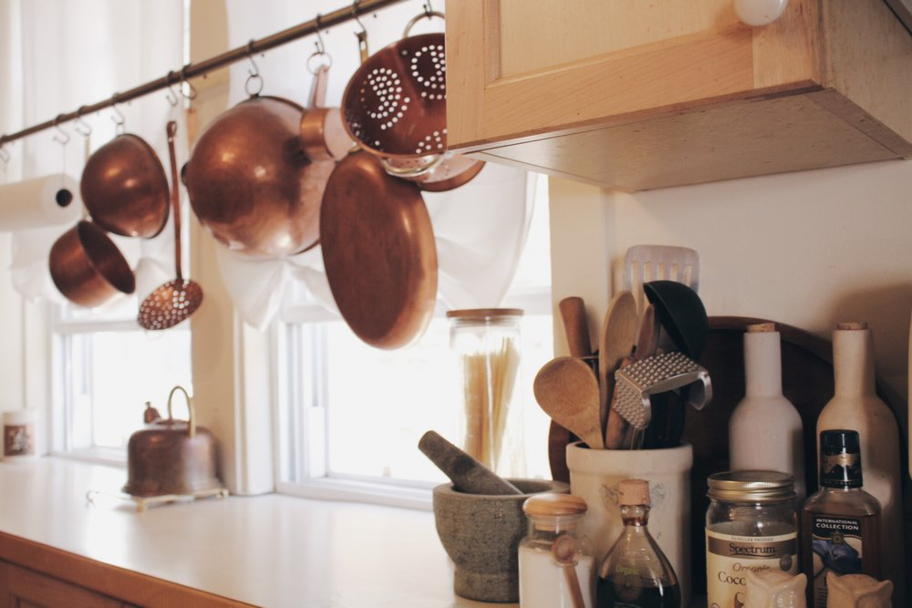 It wouldn't feel like a country kitchen without some beautiful clutter.