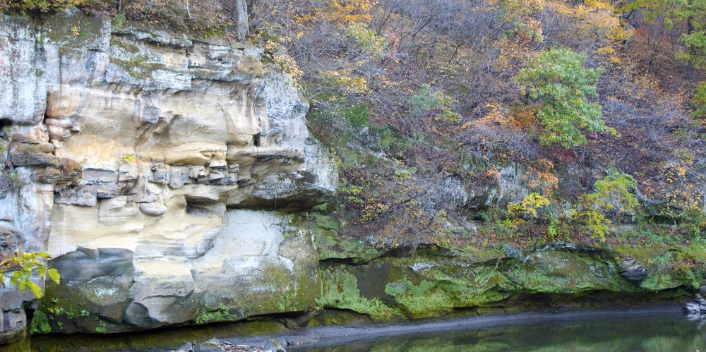 Sandstone rock outcrop on Middle Raccoon River
