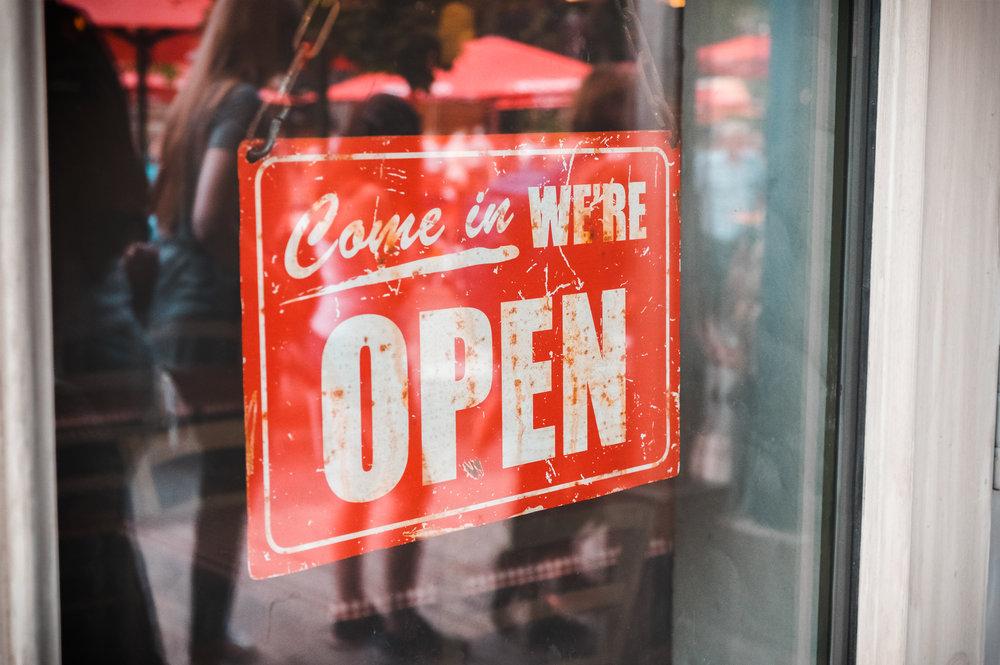 vintage-door-sign-P9KYNB5.jpg