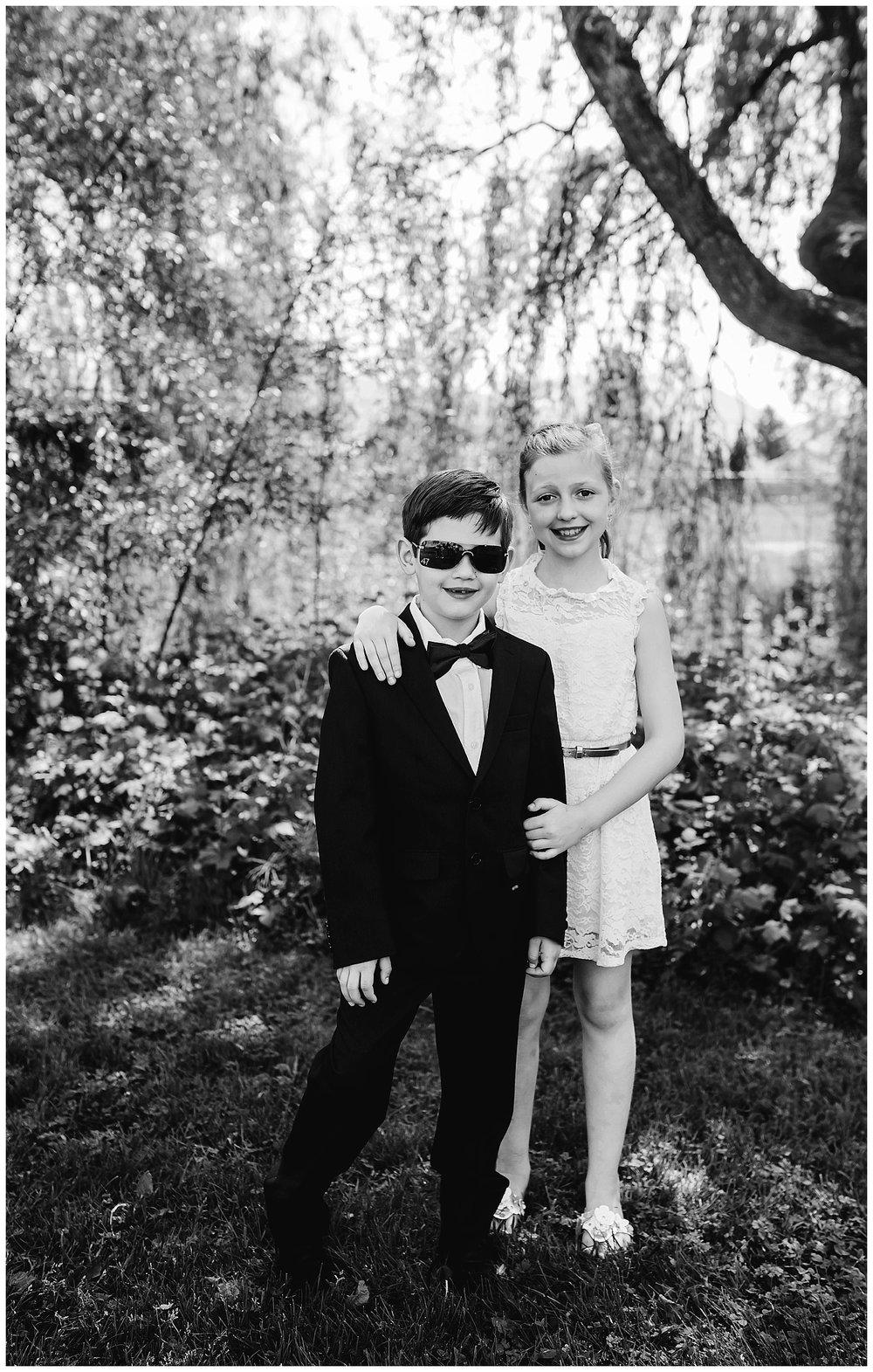 sibling portraits_1.jpg
