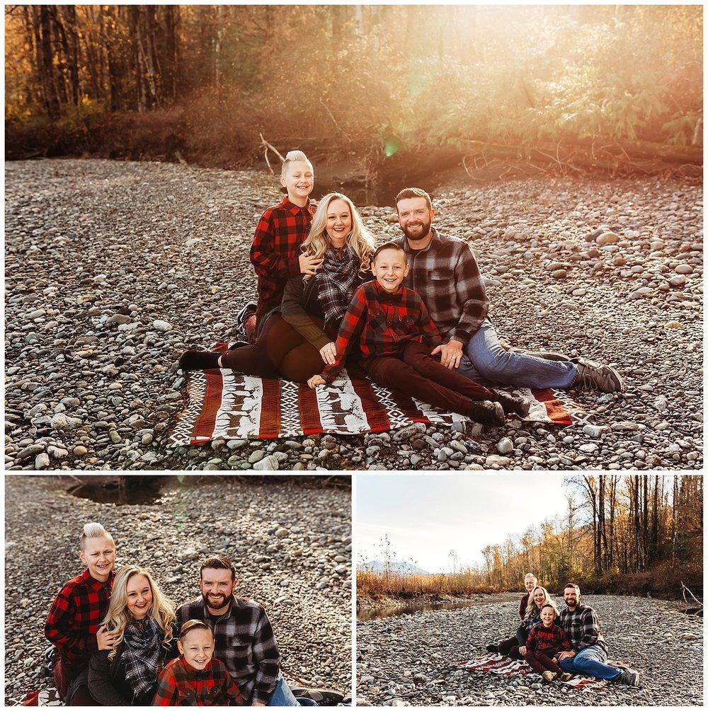 Vedder River Chilliwack Family Photography_16.jpg