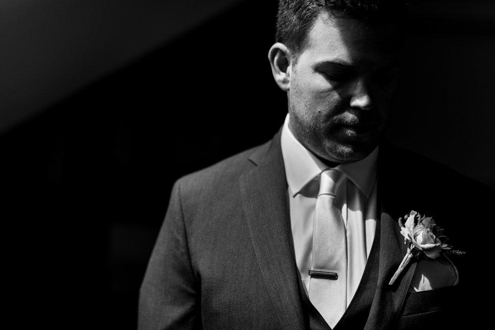 best groom portrait