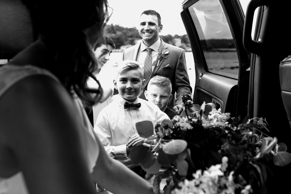 maine wedding photography_bride and groom portraits_vinatage car-27.jpg