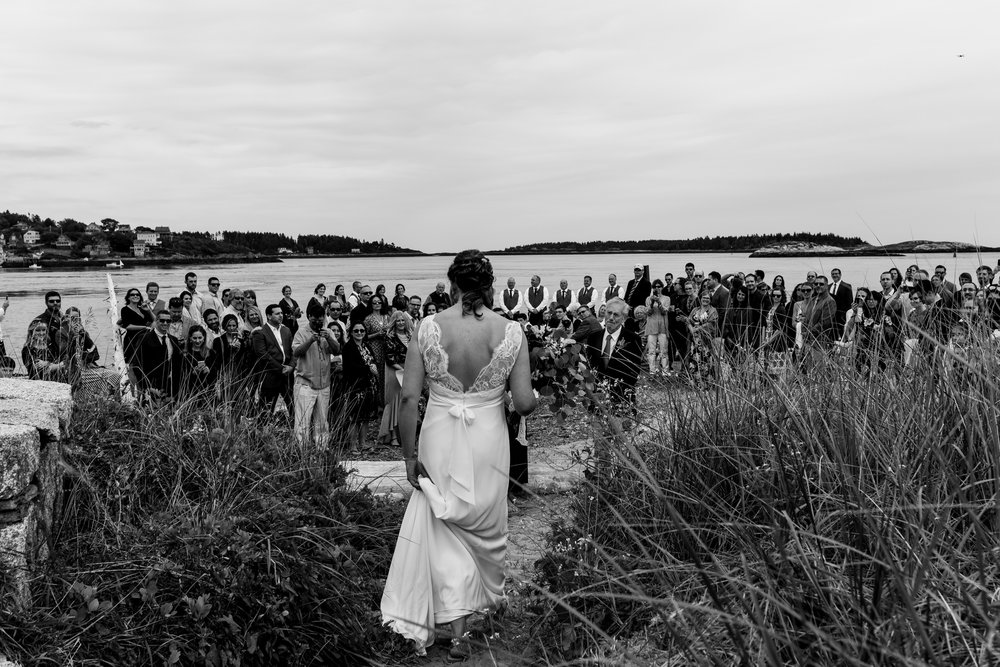 maine wedding photography_bride and groom portraits_vinatage car-34.jpg