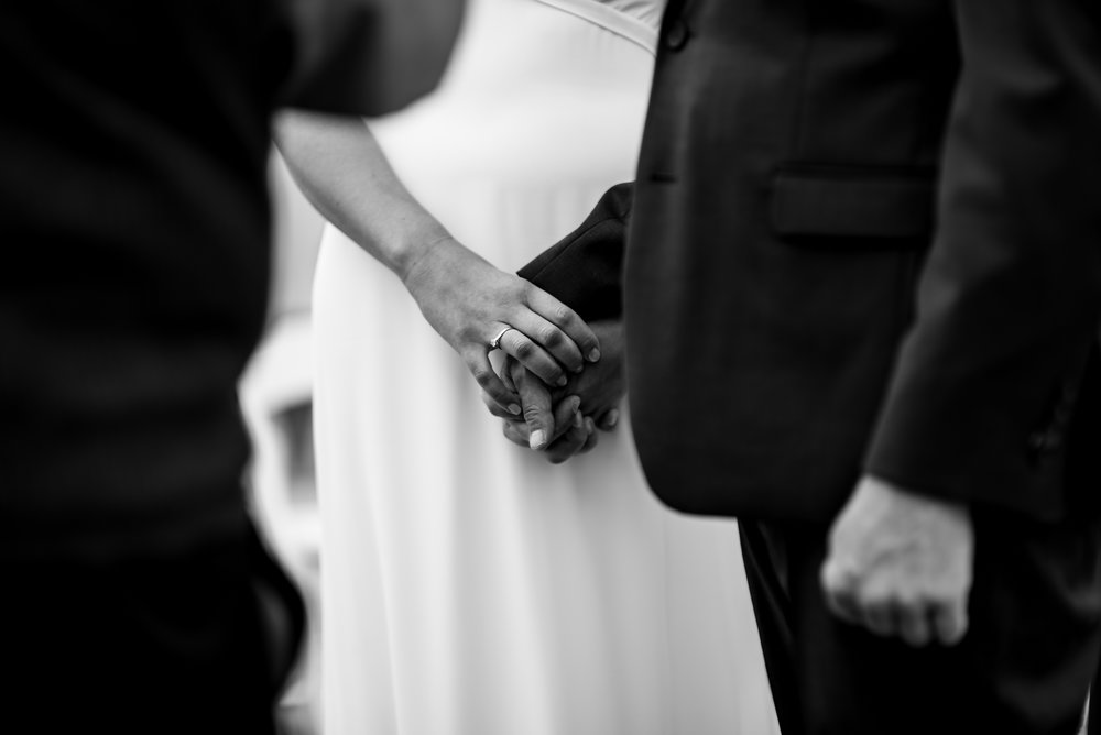 maine wedding photography_bride and groom portraits_vinatage car-39.jpg