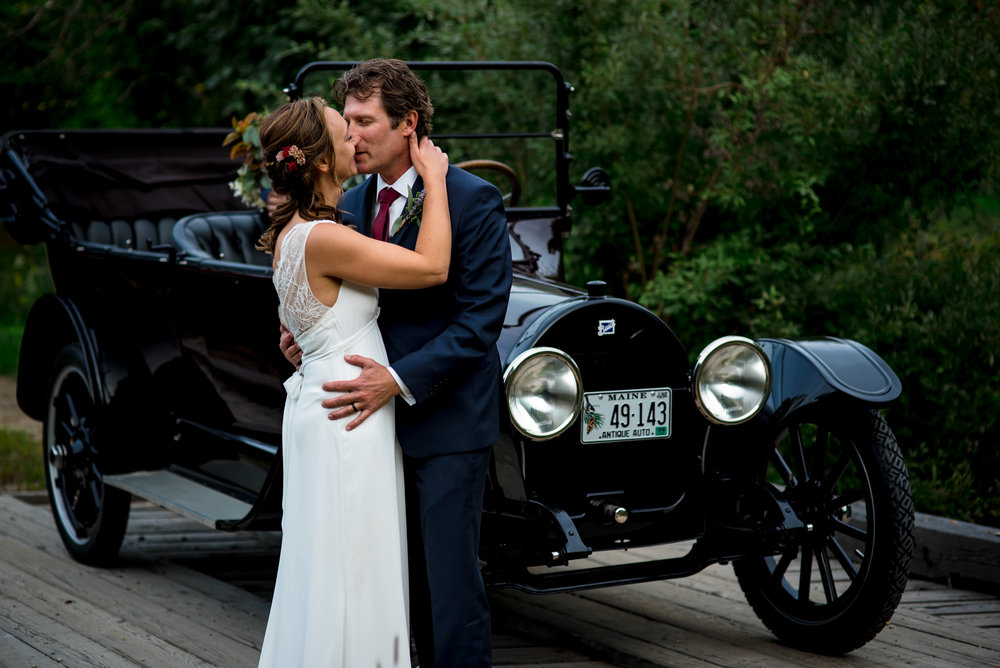 maine wedding photography_bride and groom portraits_vinatage car-53.jpg