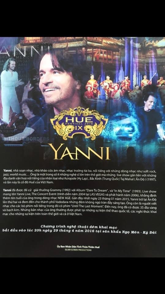 Nhạc sĩ Yanni biểu diễn tại quảng trường Ngọ Môn. (Ảnh: Ibizone)