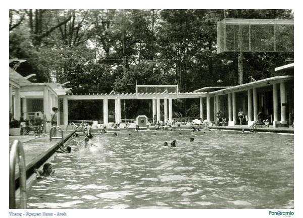 Hồ bơi Lao động khi ấy là nơi đến của đông đảo giới thượng lưu trong xã hội
