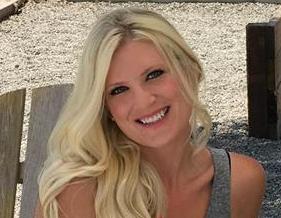 Melissa McCulloh,    Hair Stylist