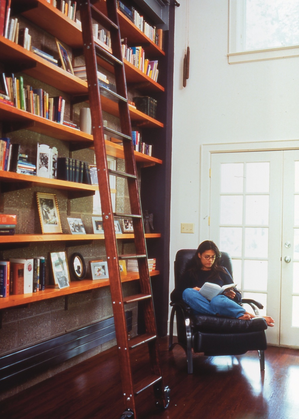 Bookshelves_2.jpg