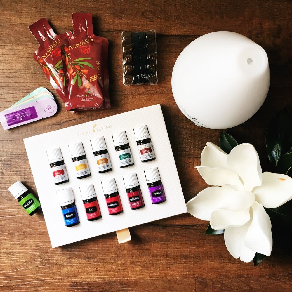 The Premium Starter Kit from young Living comes with 11 Oils, a Diffuser and several other must-have products!