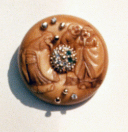 # MANJU NETSUKE OLD MEN_ diamonds.jpg