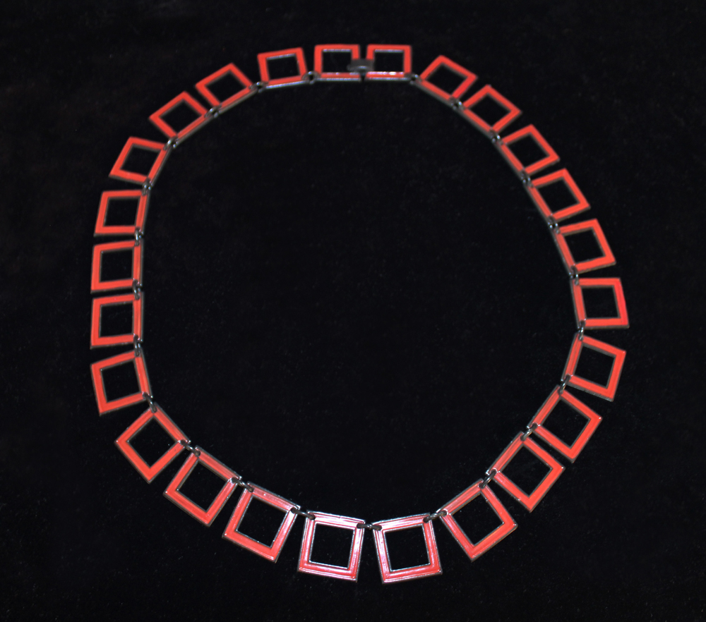 RED SQUARE LINK NECKLACE-1971