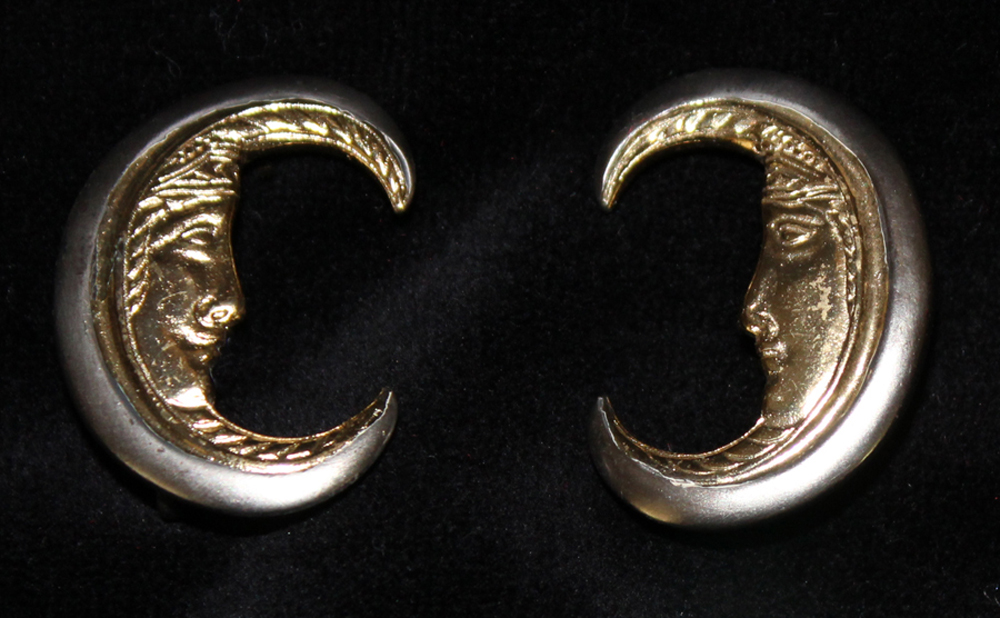CRESECENT MOON EARRINGS SILVER- 1971