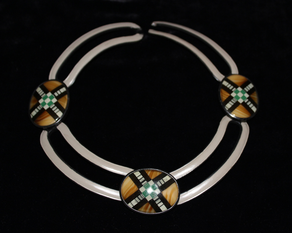 SCOTTISH COLLAR-1972