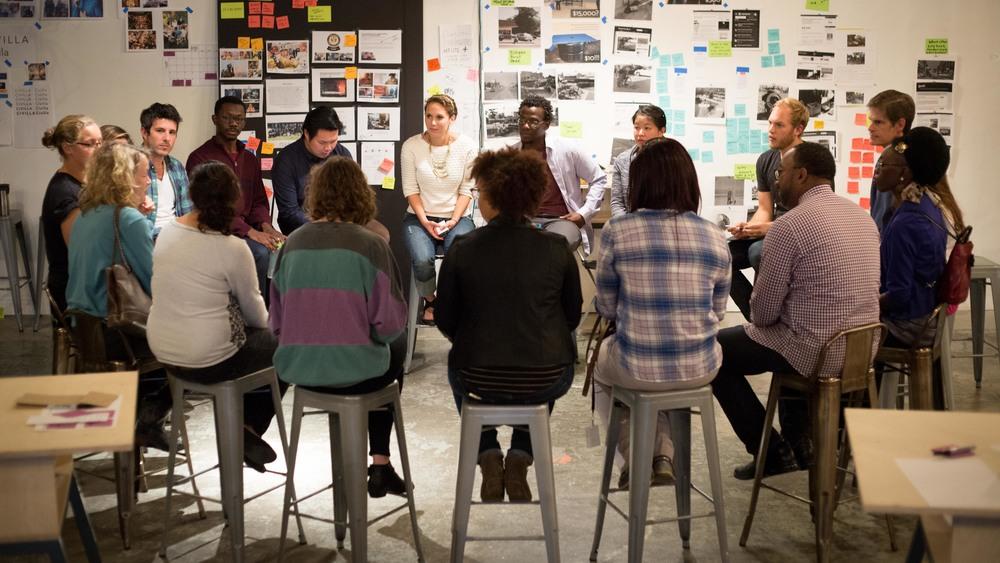 design and innovation team