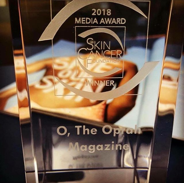 "Congratulations to journalist Deborah Douglas and her editor Brian Underwood who won the @skincancerorg Skin Cancer Foundation's 2018 Media Award for the article ""Save Our Skin"" which was in the June 2018 issue of @oprahmagazine featuring Tanya's story! . . . . . #brownskintoo #skincancerawareness #melanomaawareness #SPF #protectyourskin #oprahmagazine"