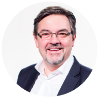 Кристиан Окерхиельм Президент «Международного объединения «Слово Жизни» и руководитель международного отдела «Слова жизни» в Упсале, Швеция.