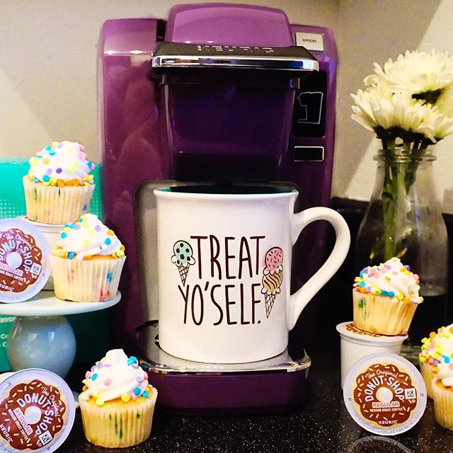 "From breakfast to dessert (which usually comes first), my @keurig is my favorite kitchen accessory. Next best? This fabulous mug that reminds me that ""Treat yo' self"" day should be any that end in y. 🍦☕️🍦#brewwithkeurig #sponsored"