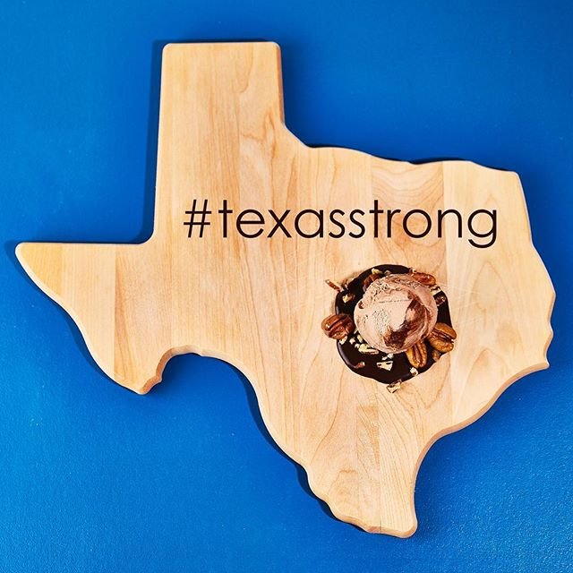 In the midst of all the devastation, we're seeing nothing but love in our Lone Star State - @lickicecreams is donating 100% of the proceeds for every pint of Texas Sheet Cake sold towards #HurricaneHarvey relief efforts. Do something good - and a scoop of ice cream can make things feel just a little bit better. [📷: @lickicecreams]