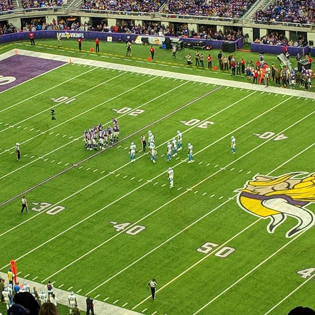 Amazing first half by the Vikes, let's do the same in the second! #skol