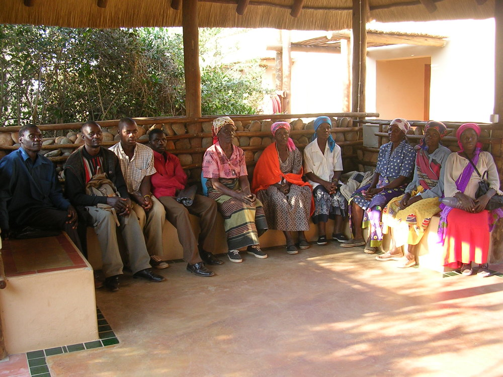 Representatives of families from Nanguene were waiting to receive their compensation in the park offices in Massingir (2008)
