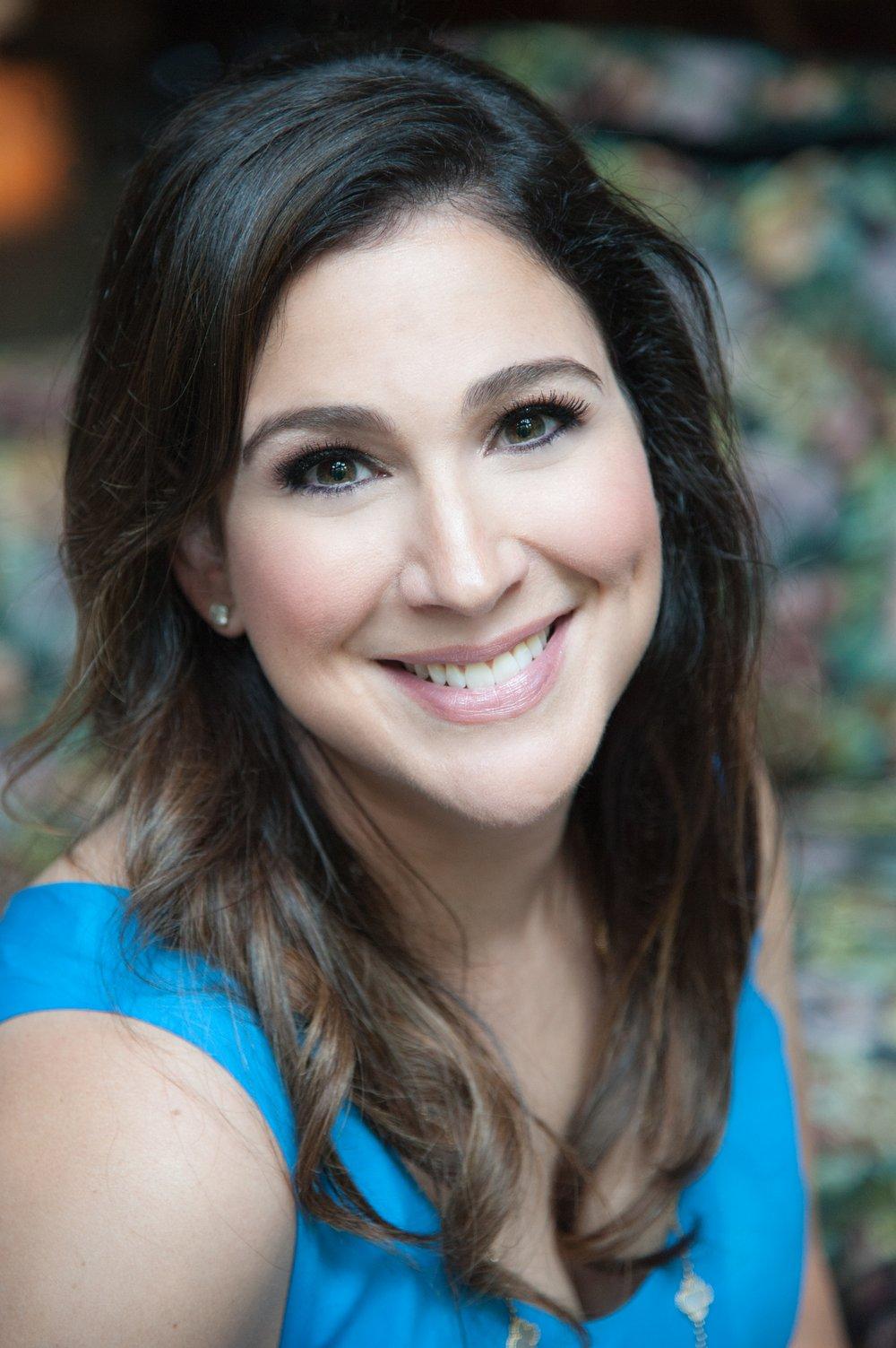 Brenda Janowitz headshot.jpg