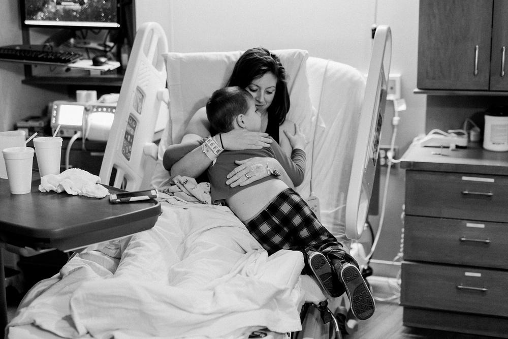 atlanta-birth-photographer-piedmont-fayette-hospital-birth-mallievinson-147.jpg