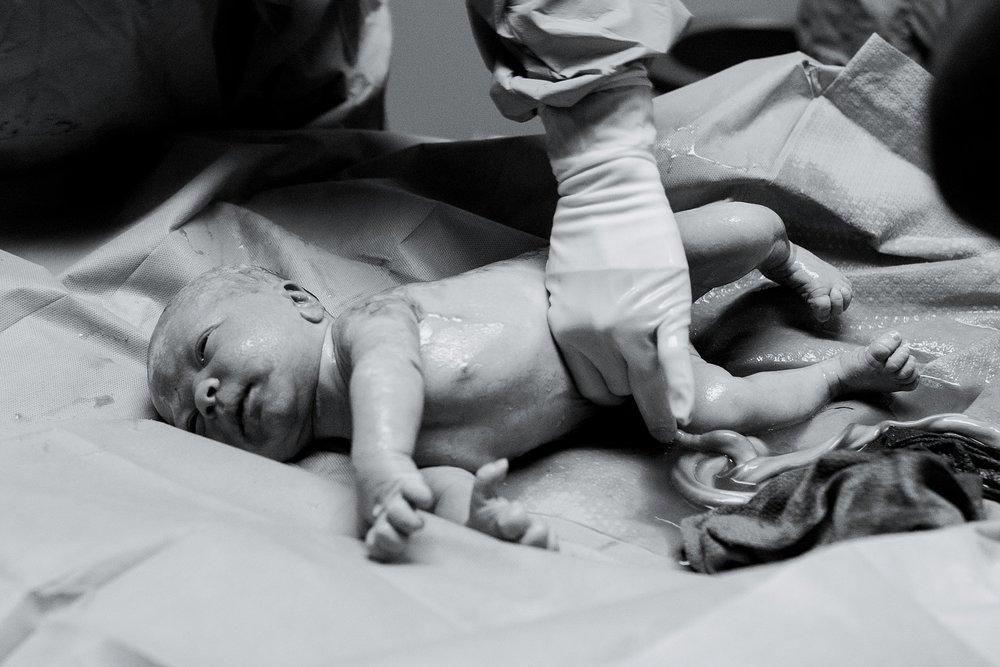 fayetteville-georgia-piedmont-fayette-hospital-birth-photography-sarahmoore-6.jpg