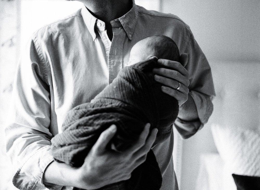 atlanta-georgia-fine-art-film-newborn-photographer-kaitlynne-grice-52.jpg