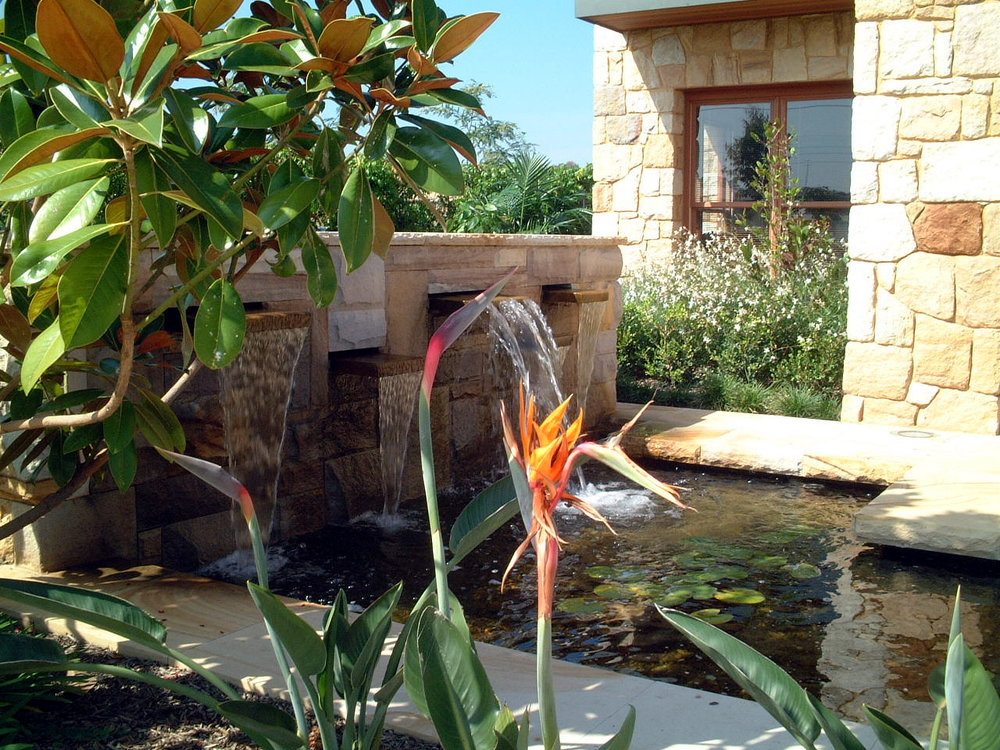SPECIALIST LANDSCAPER - VERTICAL GARDENS - GREEN ROOFS - PREMIUM QUALITY SYNTHETIC GRASS