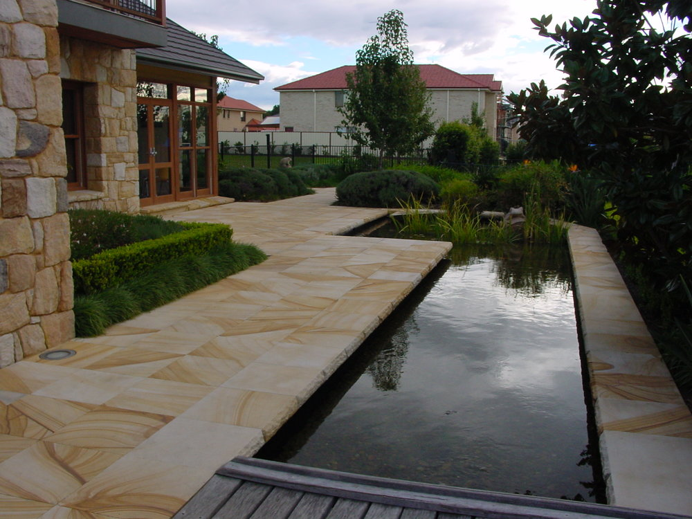 paving,planting,green look