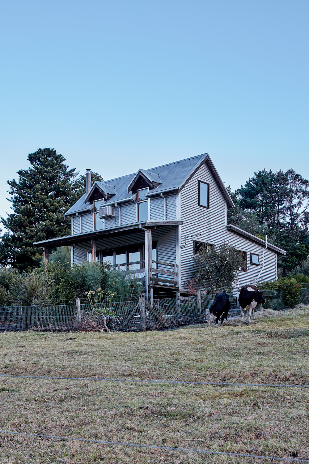 nathan-k-davis-architecture-architectural-photography-interior-exterior-residential-macks-creek-air-bnb-cottage-country-gippsland-2
