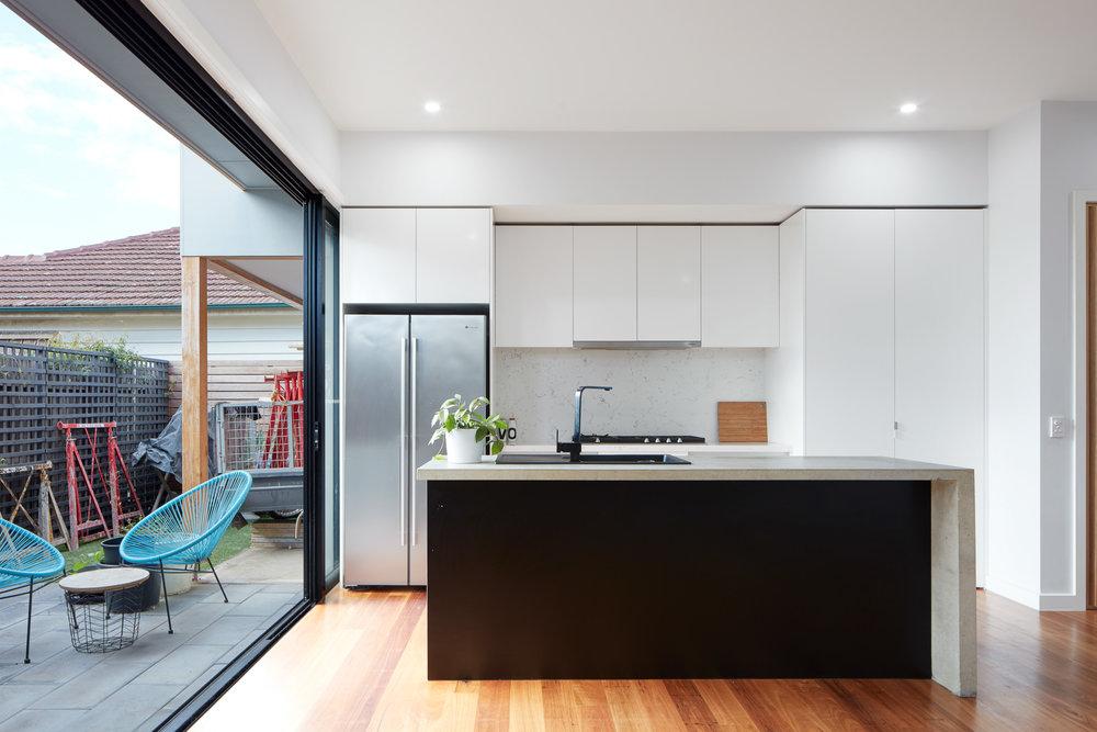 Kitchen-5b.jpg