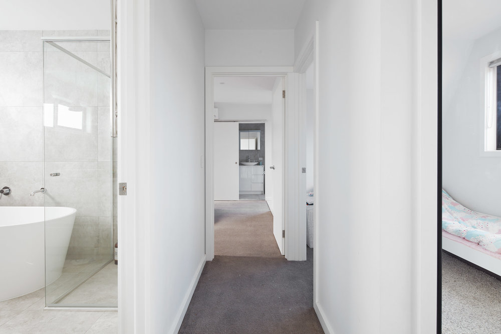 Upstairs-Hallway.jpg