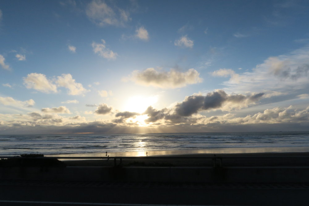 here's a picture of Ocean Beach that I took from a car going 35 mph.