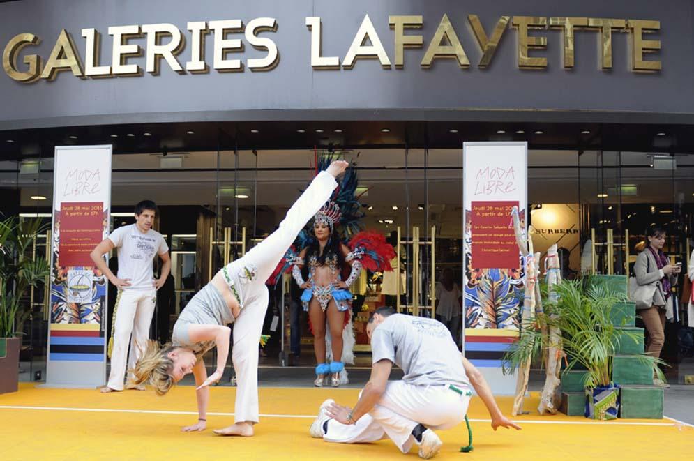 MODA LIBRE GALERIES LAFAYETTE STRASBOURG THE FAVORITE FR 16