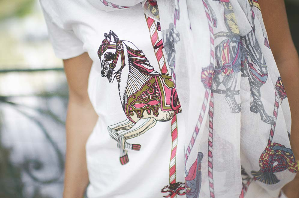 t-shirt et foulard cheval manège