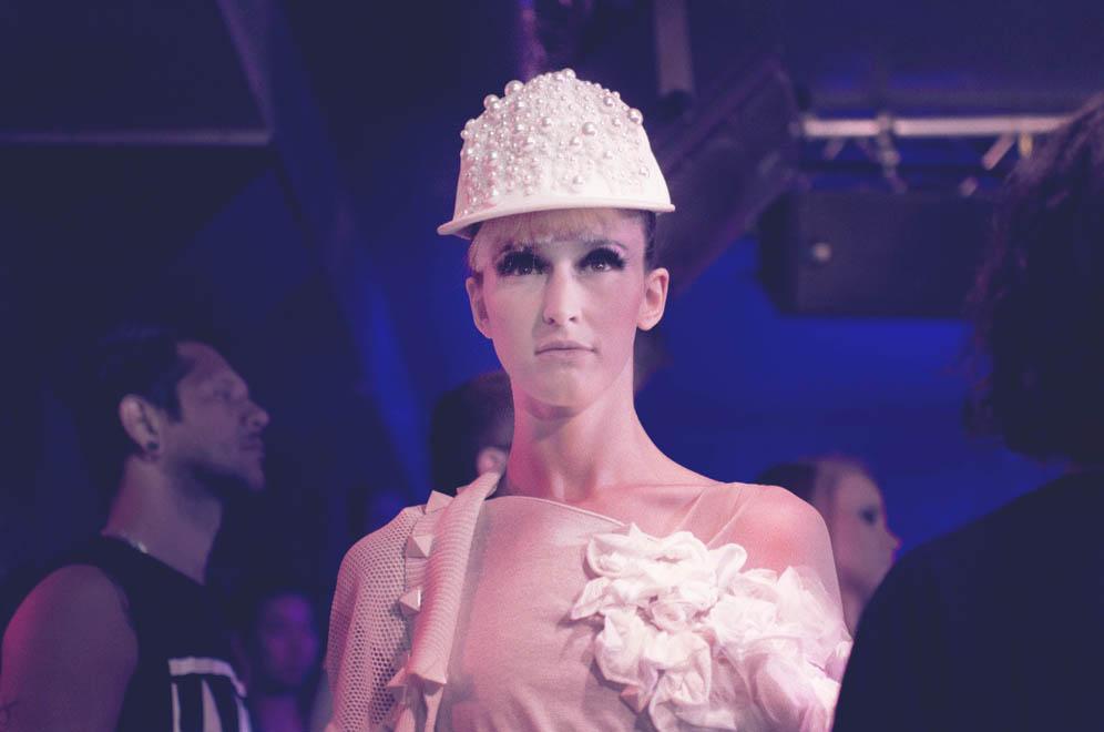 Chapeau blanc Naco Paris