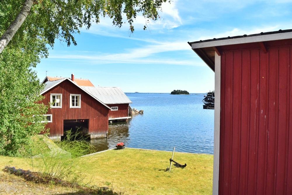 Skärså outside Söderhamn, surprisingly beautiful.