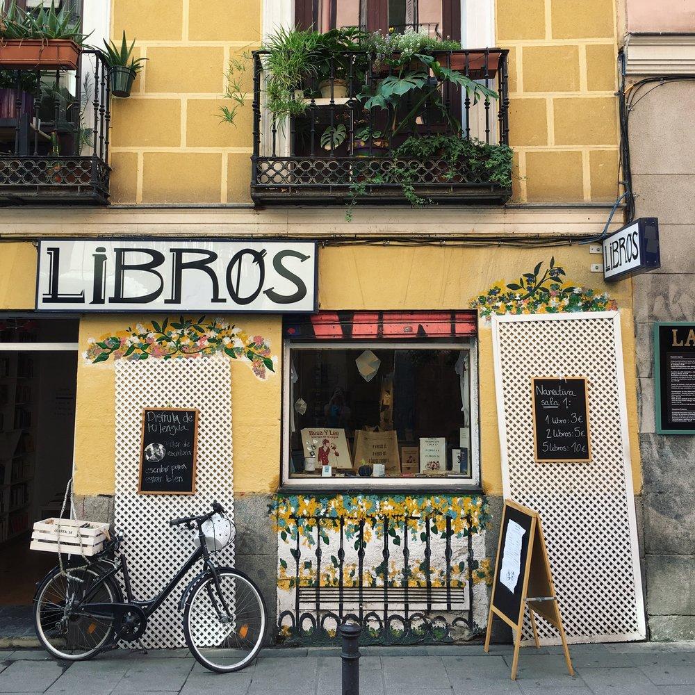 Libros Para Un Mundo Mejor - Calle del Espìritu Santo, 13 - Malasaña