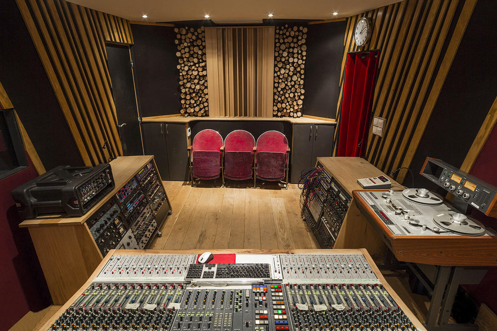 RED HOUSE_Red studio 2.jpg