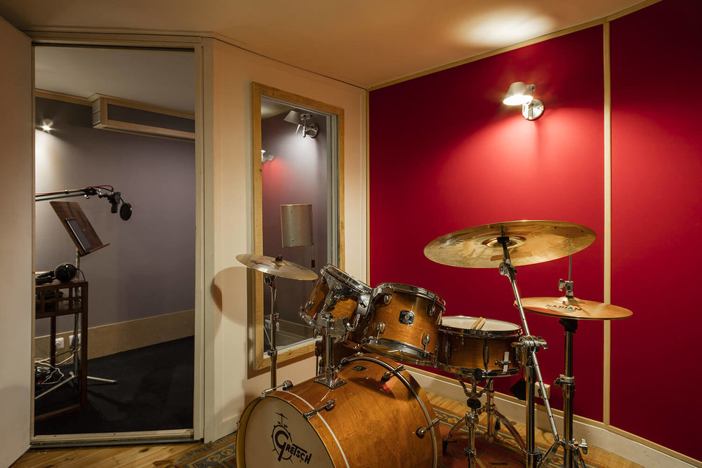 RED HOUSE_Mirage studio 3.jpg