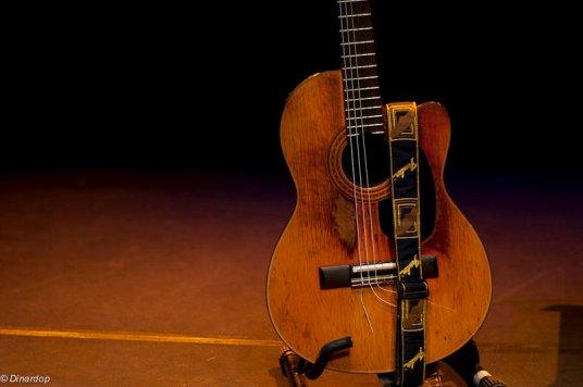 chitarra-Mesolella.jpg