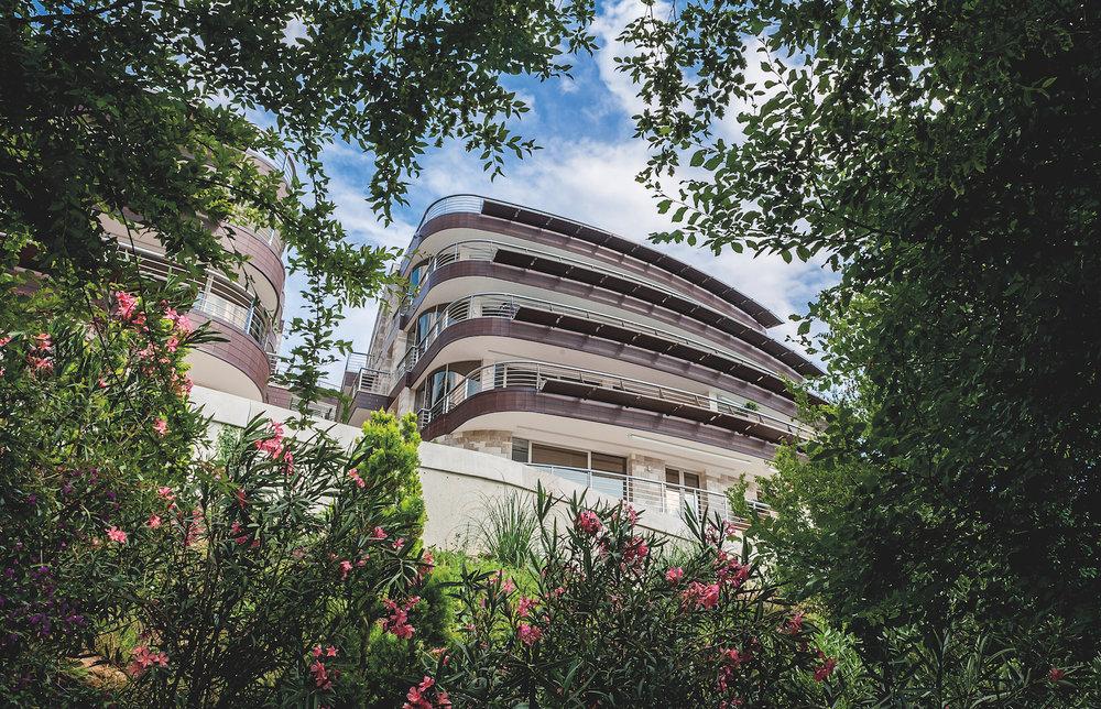 ExteriorDukleyHotel&Resort6.jpg
