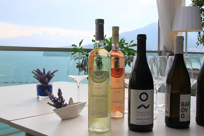 Dukley_Hotel&Resort_Wine&Dine1.jpg