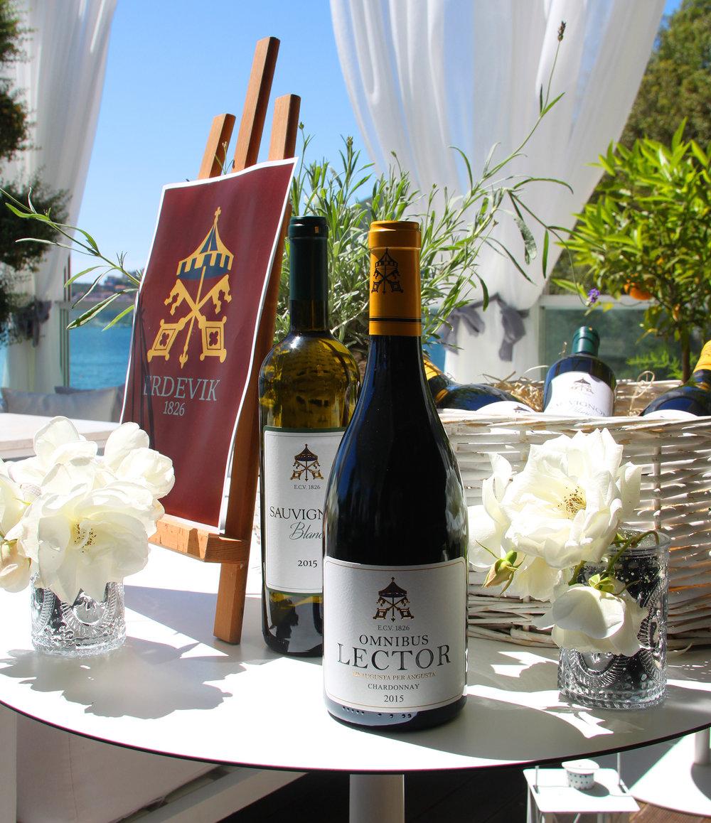 Dukley_Hotel&Resort_Wine&Dine2.jpg
