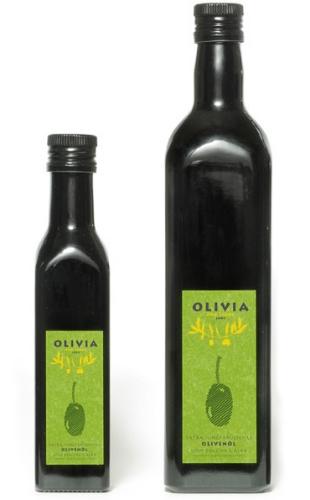 Olivia Oro Verde  -  Das beste Olivenöl.  Handgepflückt und kaltgepresst.